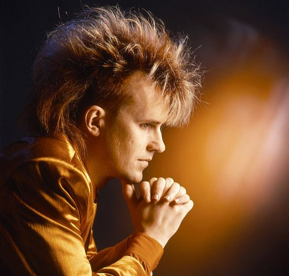 Howard Jones to Perform Labor Day Weekend at Fremont Street Experience