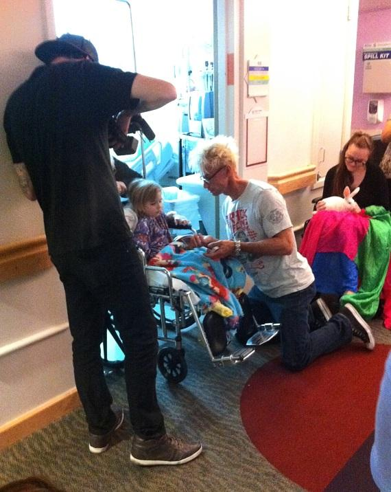 Video producer Seth Leach films MURRAY at St. Rose Hospital Siena Kids with Cancer
