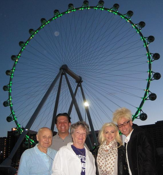 Murray & Chloe Check Out the 'High Roller' at The LINQ in Las Vegas