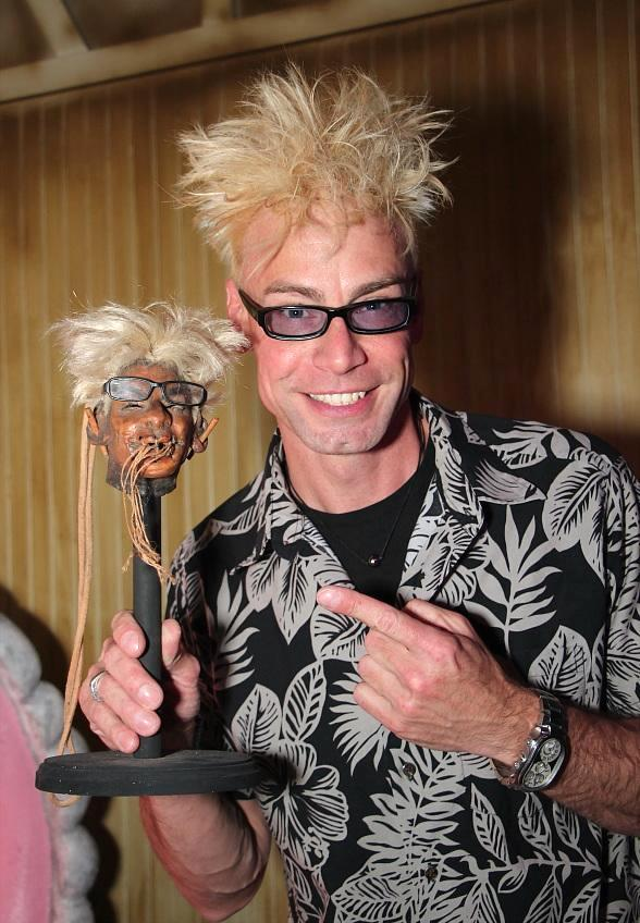 Murray the Magician Unveils Shrunken Head at The Golden Tiki in Las Vegas