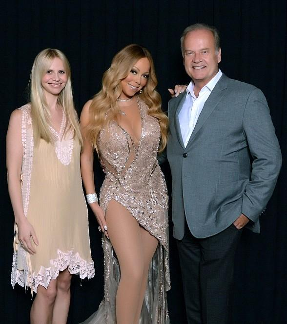 """Kelsey Grammer, Kayte Walsh, Chrissy Teigen and John Legend at """"Mariah #1 to Infinity"""" at The Colosseum at Caesars Palace"""