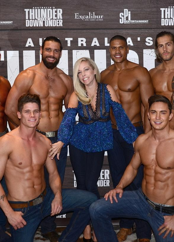"""Kendra Wilkinson Attends """"Thunder From Down Under"""" at Excalibur Hotel and Casino"""