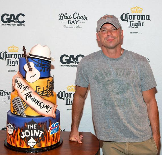 Kenny Chesney celebrates The Joint's 4th anniversary
