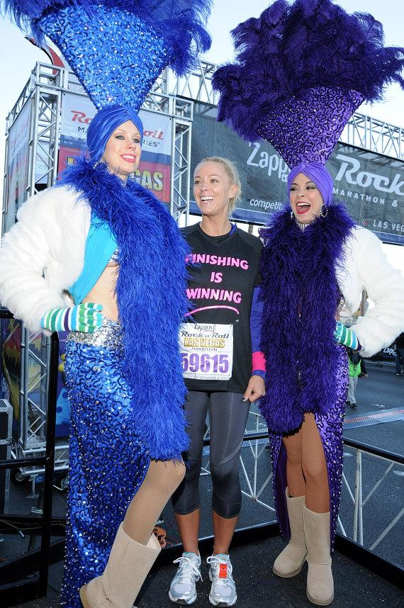 Kate Gosselin with Las Vegas showgirls - Mary Ann Foreman (left) and Tala Marie (right)
