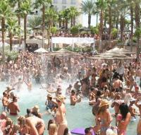 World Famous Rehab Pool Party Returns for Eighth Season at