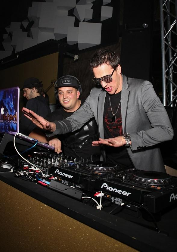 Ryan Lochte Hits the DJ Booth to with DJ Twisted to Celebrate New Year's Eve in Style