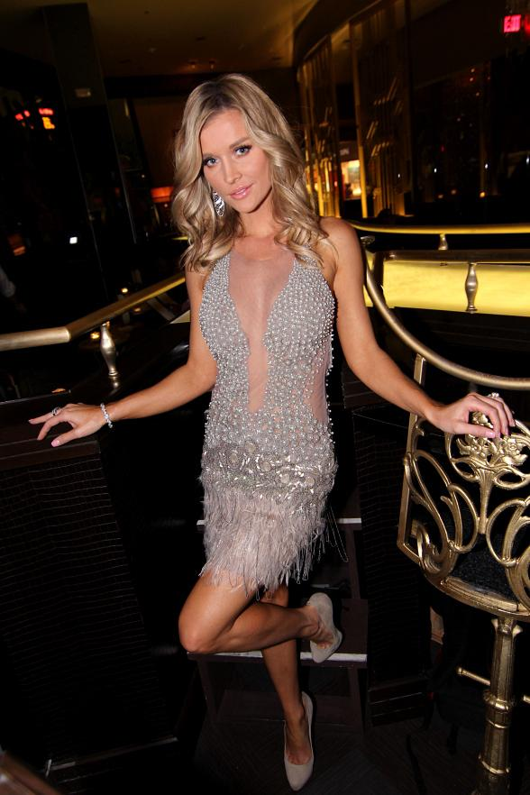 Joanna Krupa Dines with Friends at SHe by Morton's in Las Vegas