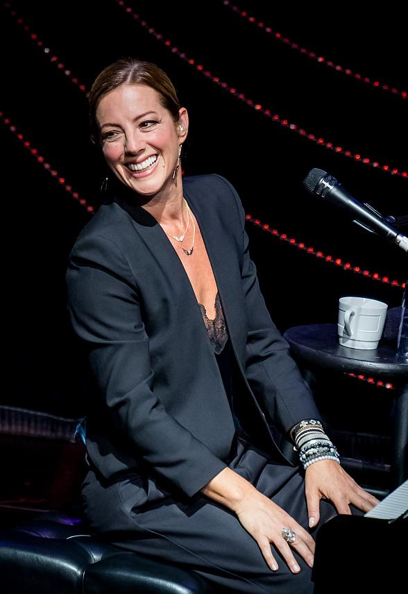 "Sarah McLachlan Makes Wynn Las Vegas Debut with ""An Intimate Evening of Songs and Storytelling"" at Encore Theater"