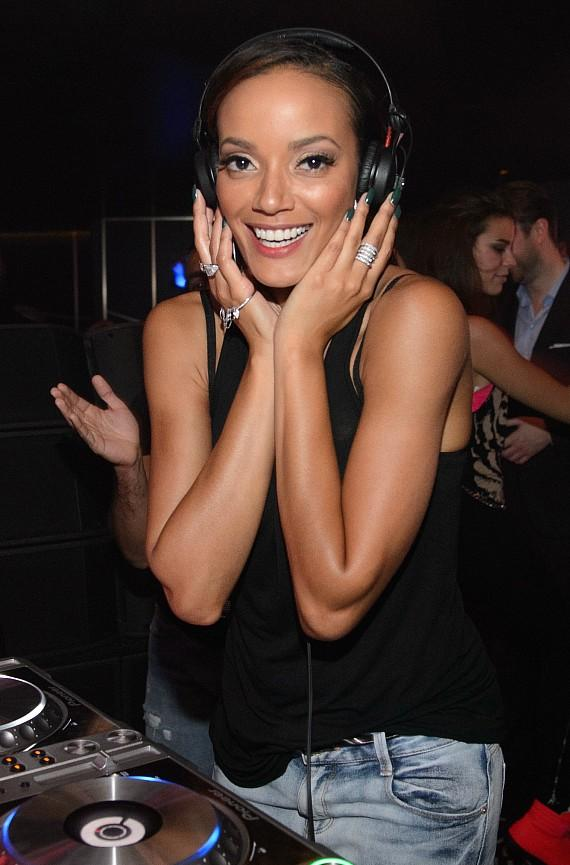 Selita Ebanks in DJ Booth at Hakkasan Las Vegas