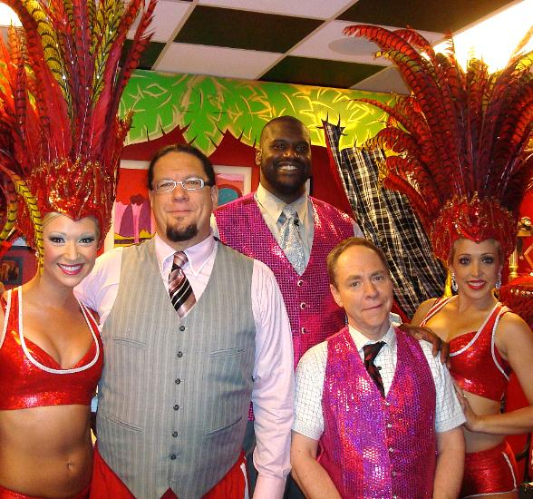 Shaq, Penn & Teller and Las Vegas showgirls