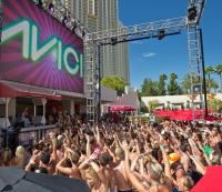 Las Vegas' Hottest Pool Party Destination Wet Republic at ...