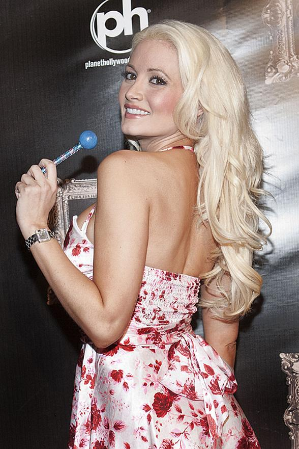 Holly Madison at Gallery Nightclub in Planet Hollywood