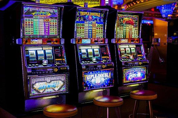 Casinos in Las Vegas Are Now Slowly Dealing in Cryptos