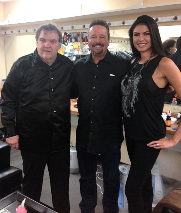 Mirage Las Vegas headliner Terry Fator attended RockTellz & CockTails Presents Meat Loaf last night at Planet Hollywood Resort & Casino. Following the show, Fator, alongside wife and on-stage costar Taylor Makakoa, met with Meat Loaf backstage.
