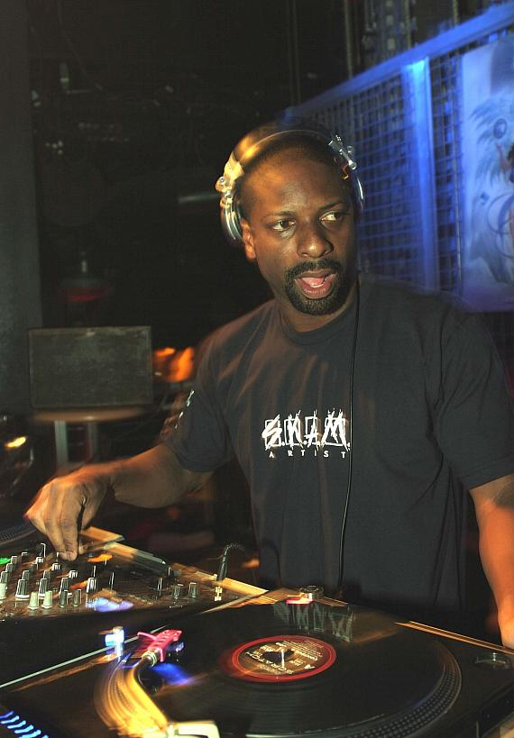 Irie battles at the Official DJ Spin Off at Studio 54