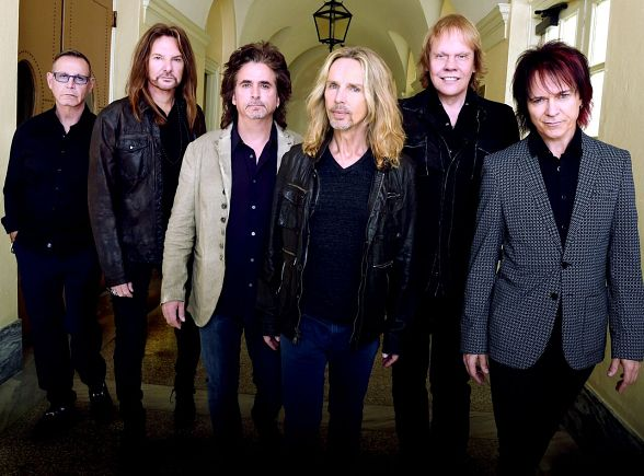 """Styx and Don Felder: """"Renegades In The Fast Lane"""" Residency at The Venetian Las Vegas January 6-14, 2017"""