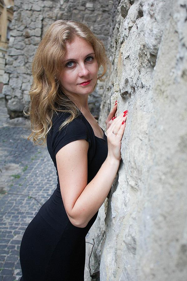 Ukrainian Girls – Find the Woman of your Dreams to Marry Her