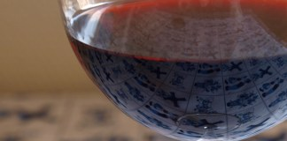 Glass of Barolo - Wikipedia