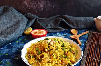 Vegetable Pulao Recipe by www.vegetariantastebuds.com