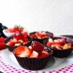 Chocolate Cups with Crunchy Nutella Filling