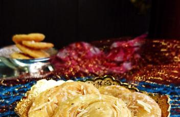 crispy layered sweet puri