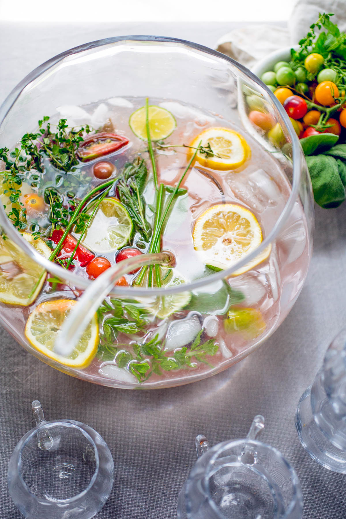 10 Drink and Cocktail Recipes To Keep You Cool This Summer!