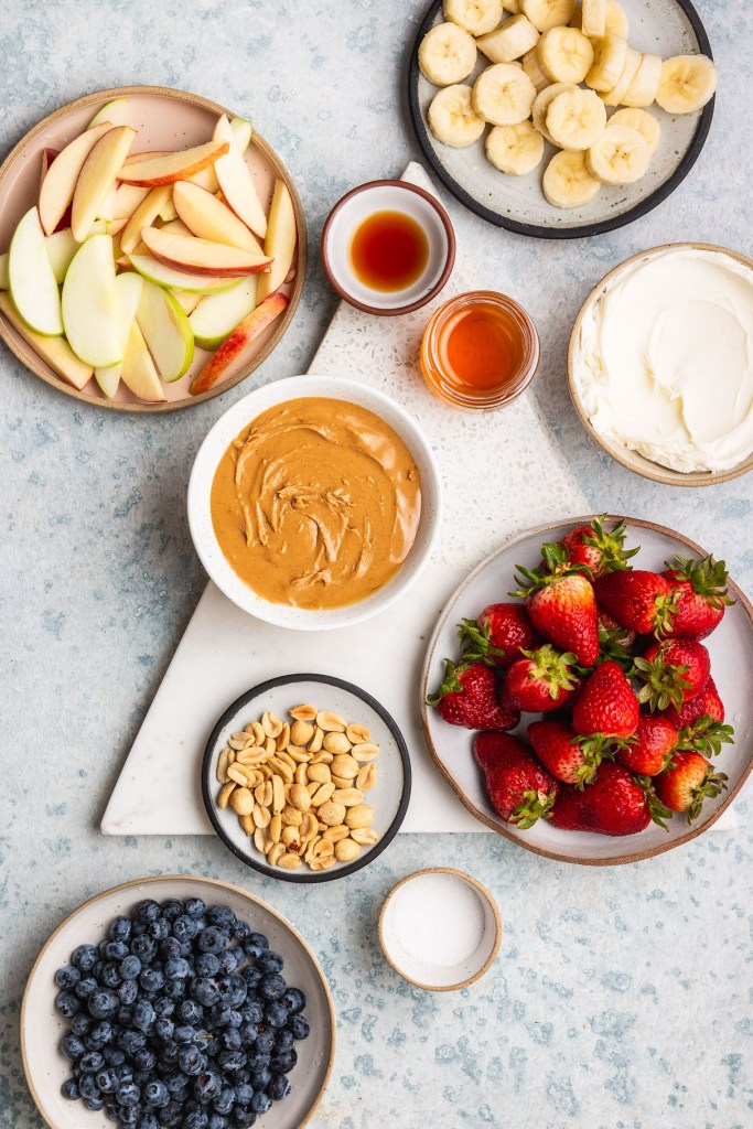 Sweet Peanut Butter Mascarpone Fruit Dip