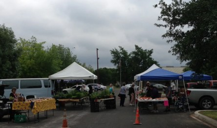 image of farmers' market