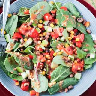 Black Eyed Peas Salad w/ Baby Power Greens