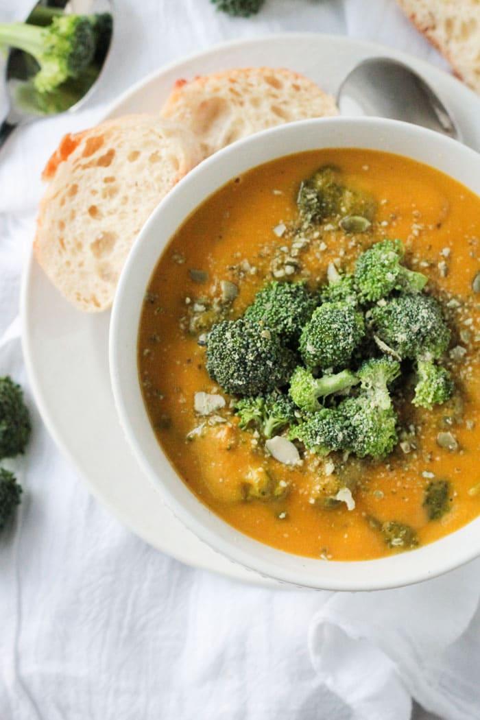 Vegan Broccoli Cheese Soup