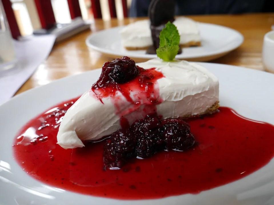Vegan_Cheesecake_by_AngloItalian