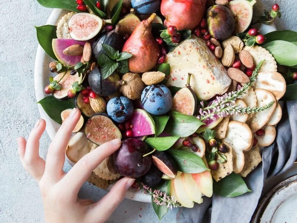 4db20dd5e02e How to Go Vegan This Veganuary - A Quick and Dirty Guide - Veggie Visa