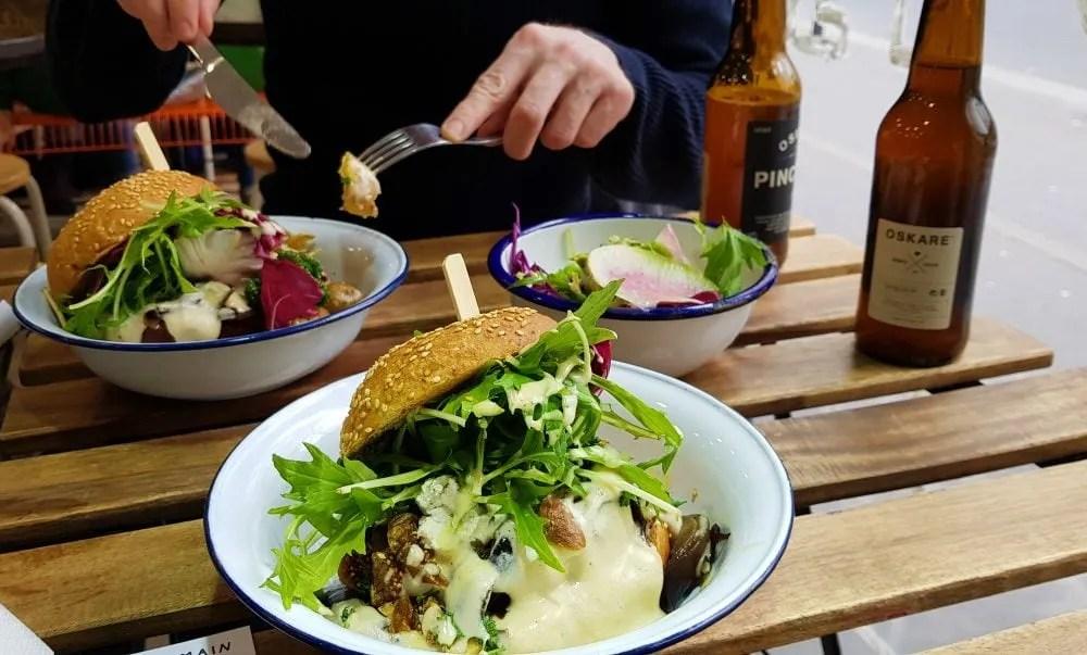 Aujourd'hui Demain Vegan Restaurant in Paris