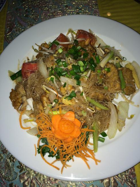Chow Thai Noodle Delight