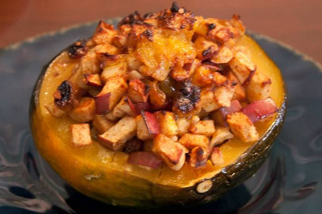 Steamed And Roasted Acorn Squash