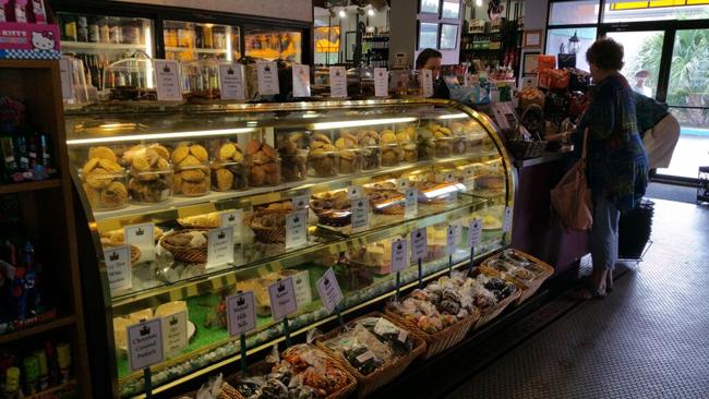 European Street Café Bakery Display
