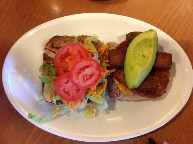 Chicken, Bacon & Avo Club