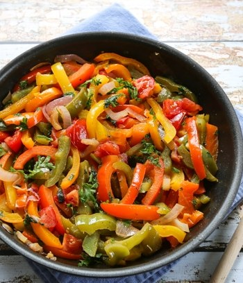 Spanish bell pepper sauté (piperade)