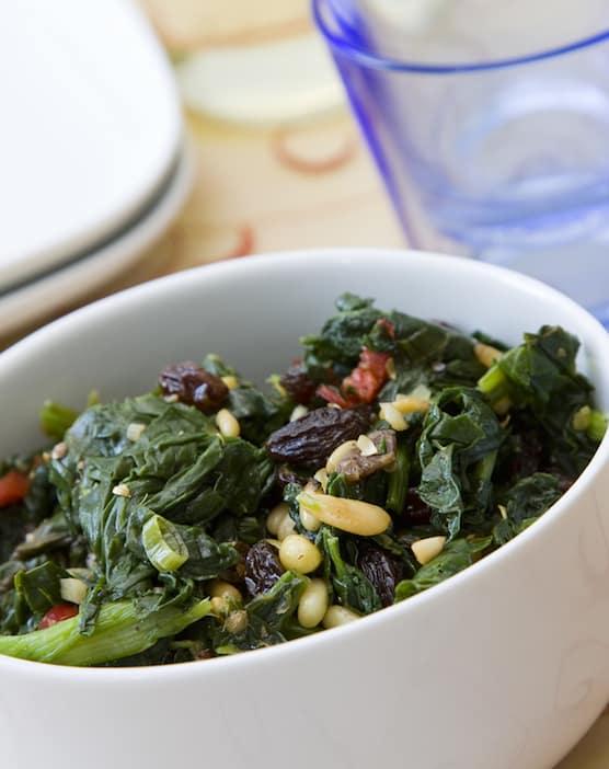 Mediterranean Spinach with Pine nuts and raisins