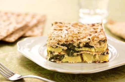 Spinach and potato matzo gratin (mina)