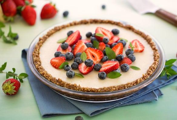 Nutty no-bake pie crust with vanilla pudding