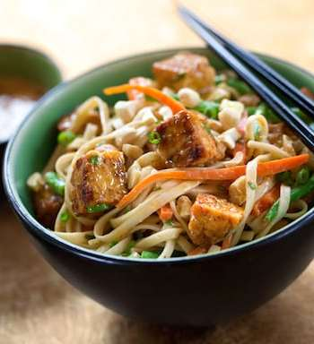 Southeast Asian-Flavored Noodles with Tempeh1
