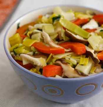 Leeks with Bell Peppers and Shiitakes