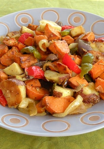 Roasted potatoes with bell peppers and onions