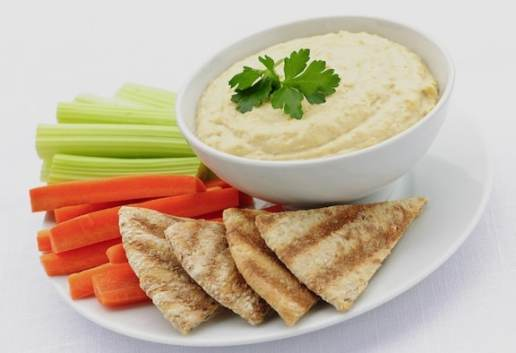 Hummus, pita, and veggies