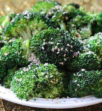 Simple stir-fried sesame broccoli