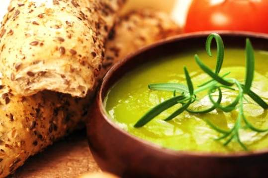 Cream of leek and asparagus soup recipe