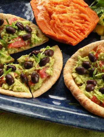 Avocado and black bean sandwiches 2