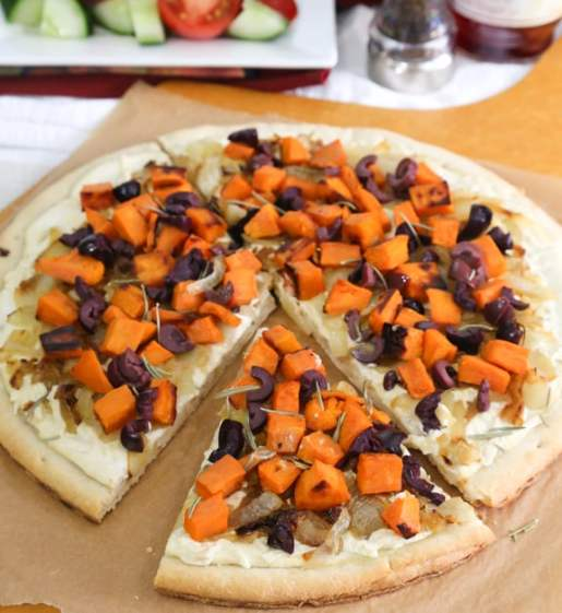 Green Kitchen Vegan Cafe: White Pizza With Sweet Potato, Onions, And Olives