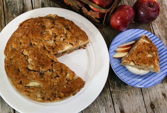 Fresh Chunky Applesauce Cake